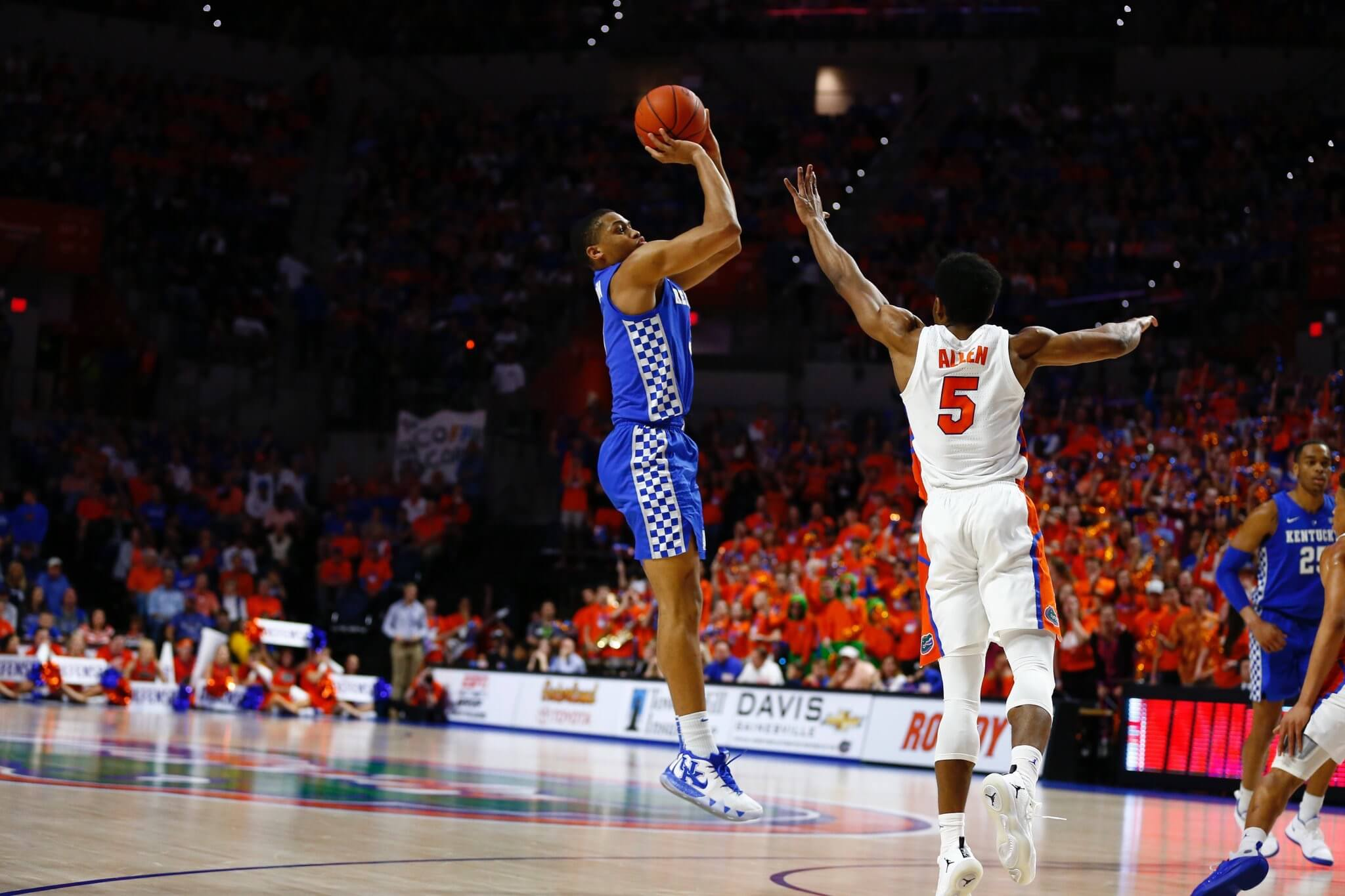 Gators' late game struggles continue with loss to Kentucky ...